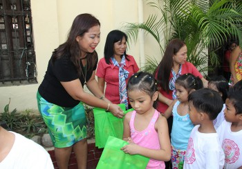 Public School Children Receive School Supplies and Accident Insurance from City Government of Vigan